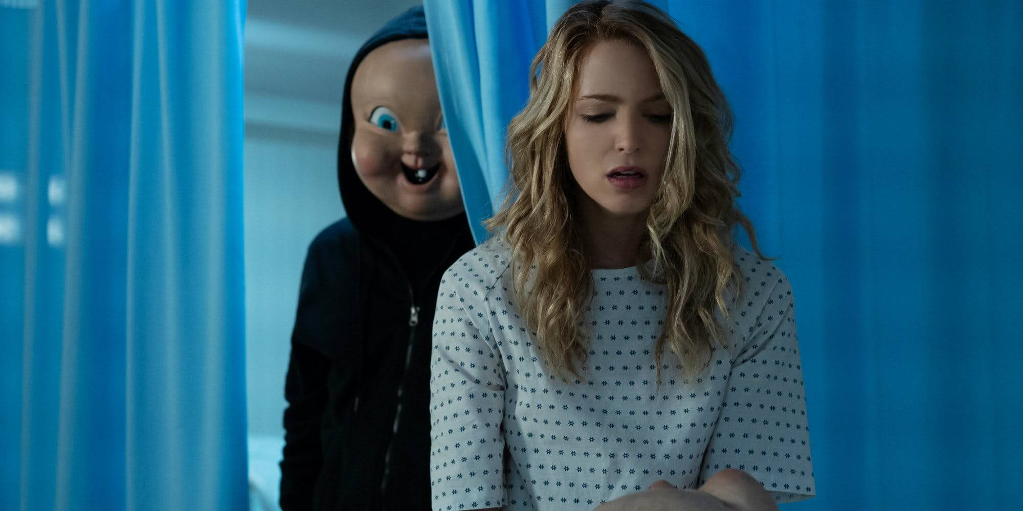 Jessica-Rothe-with-mask-in-Happy-Death-Day-2U